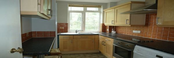 1 Bedroom Flat for sale in Finchley Central, London, United Kingdom
