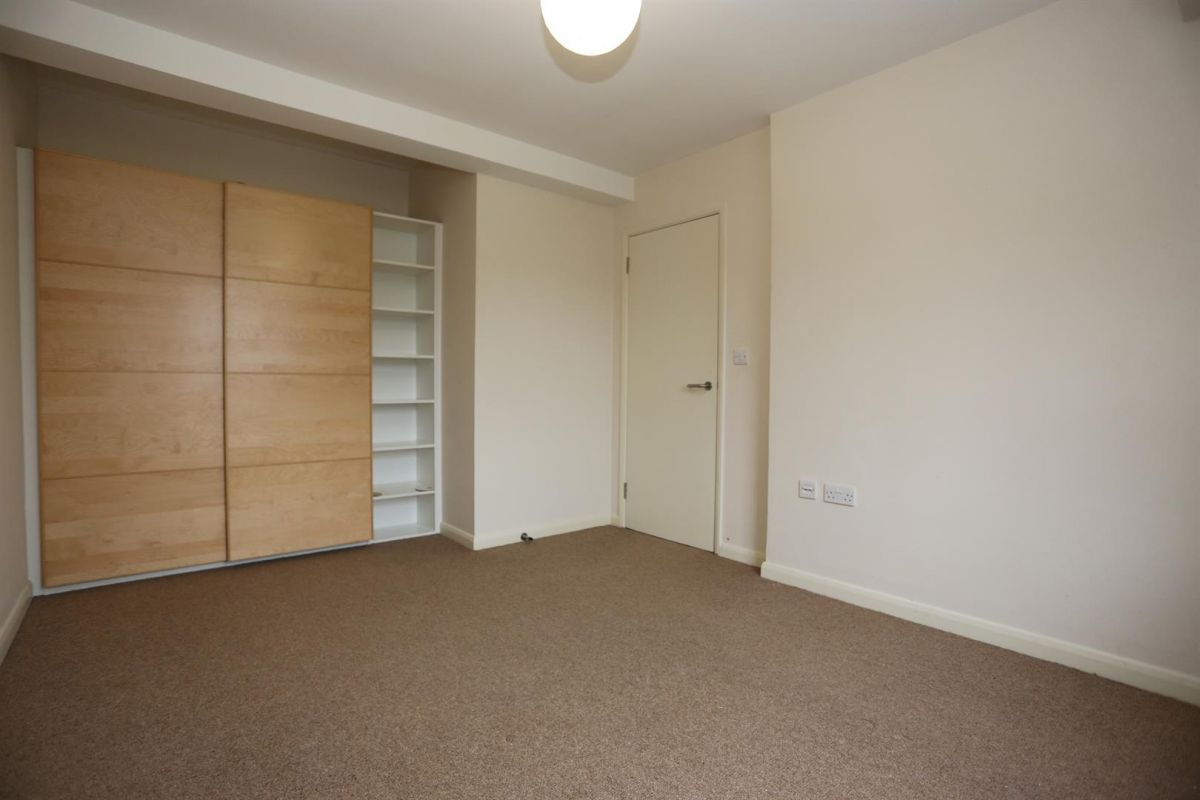 1 Bedroom Flat to rent in Walthamstow, Grosvenor Rise East