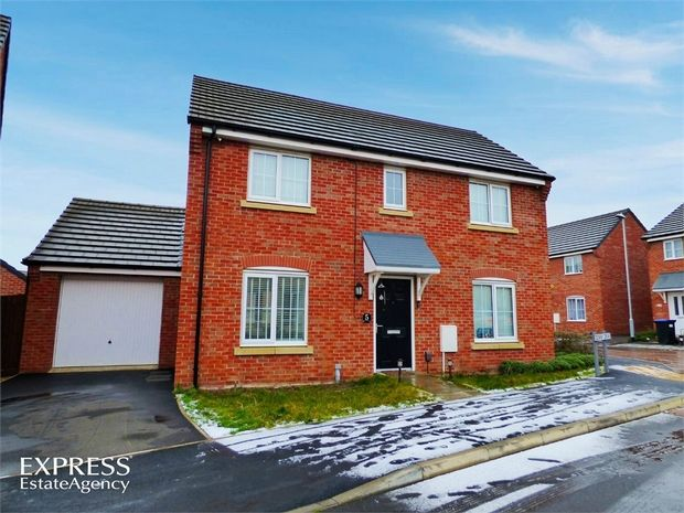 3 Bedroom Detached for sale in Northampton, Northamptonshire, United Kingdom