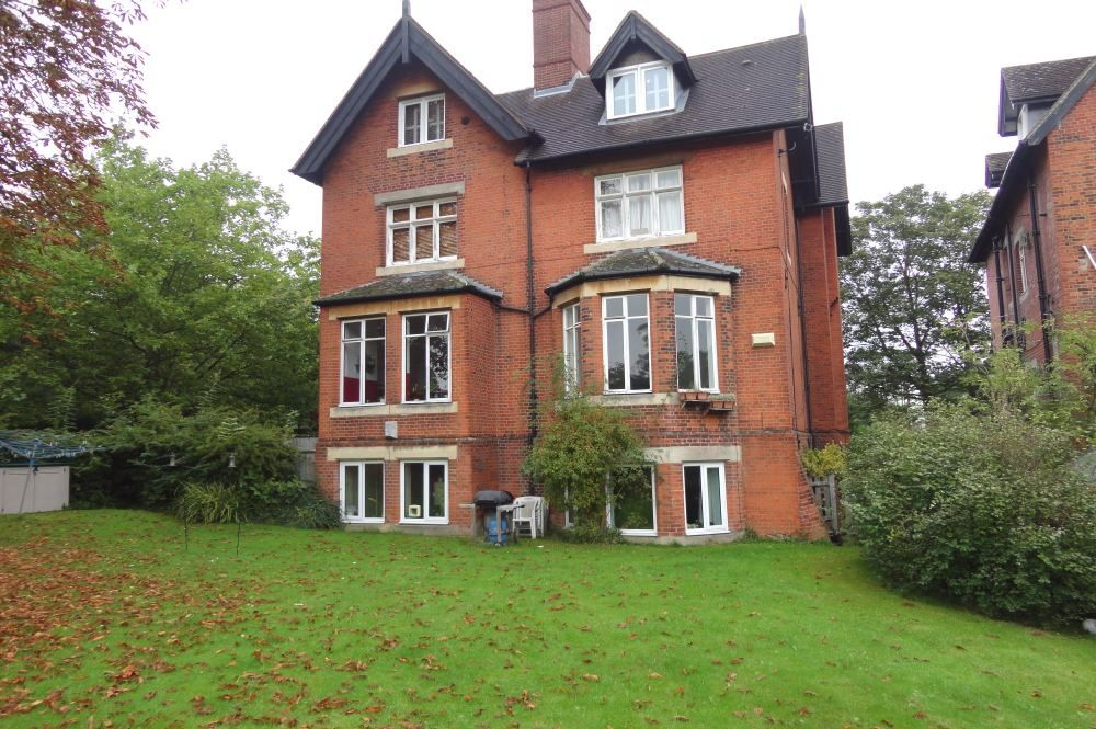 2 Bedroom Flat to rent in Sydenham, Crystal Palace Park Road