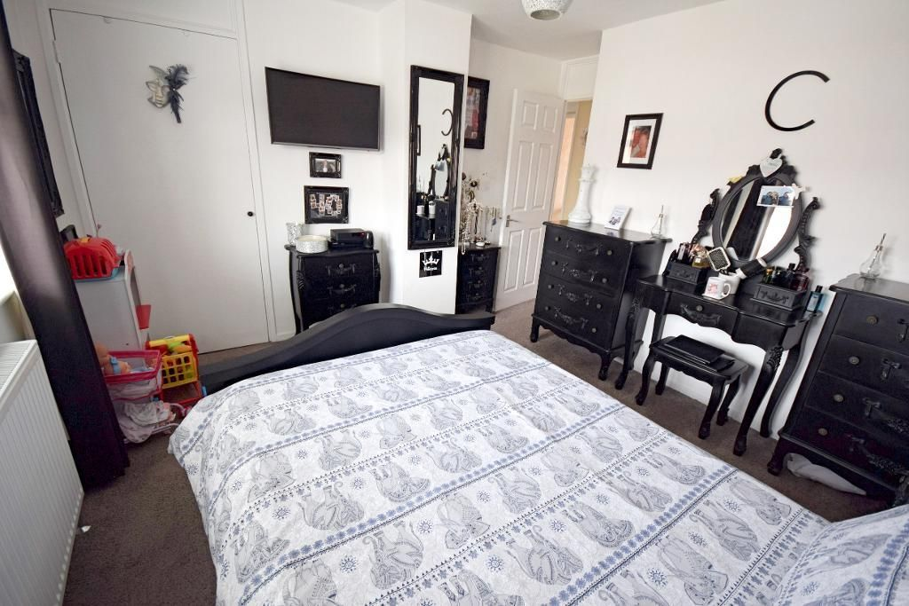 3 Bedroom End of Terrace for sale in Harlow, Whitewaits
