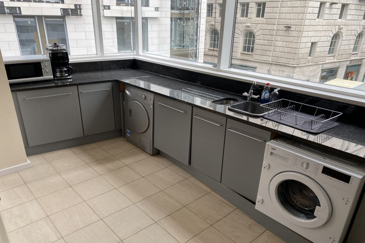 2 Bedroom Flat to rent in Liverpool, Beetham Plaza