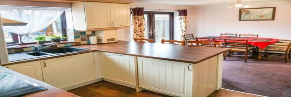 5 Bedroom Detached for sale in Corby, Northamptonshire, United Kingdom