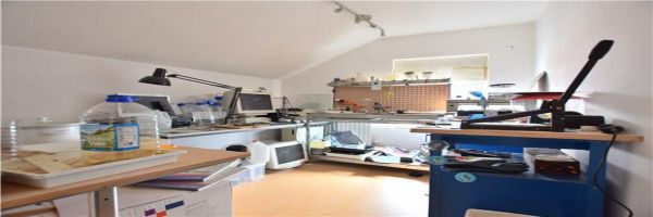4 Bedroom Semi-Detached for sale in Gloucester, Gloucestershire, United Kingdom