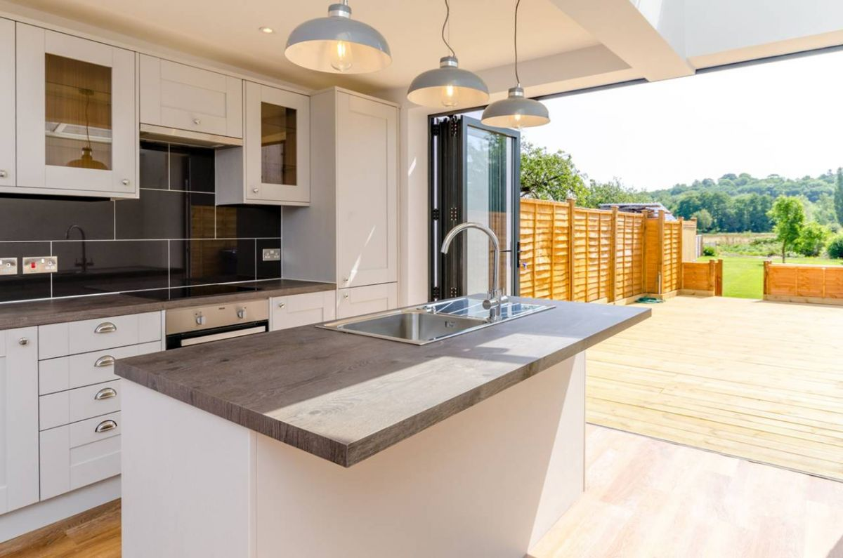 3 Bedroom Semi-Detached for sale in Godalming, Surrey, United Kingdom