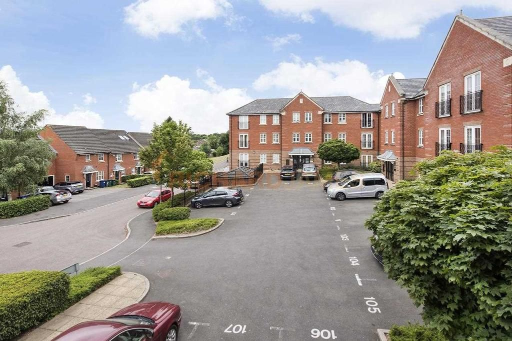 2 Bedroom Apartment for sale in Mill Hill, Leighton Court