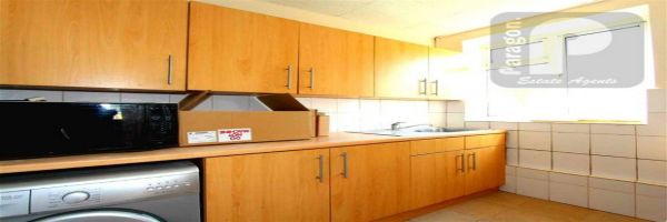 2 Bedroom Flat to rent in Kinsbury, Colindale, London, United Kingdom