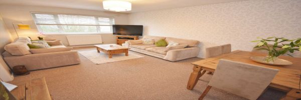 2 Bedroom Flat for sale in Rugby, Warwickshire, United Kingdom