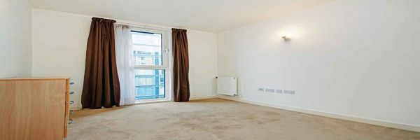 2 Bedroom Flat to rent in Hayes, Middlesex, United Kingdom