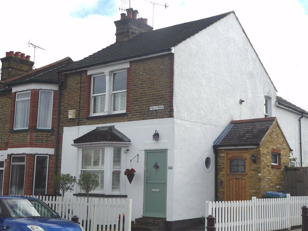 2 Bedroom Maisonette for sale in Watford, Field Road