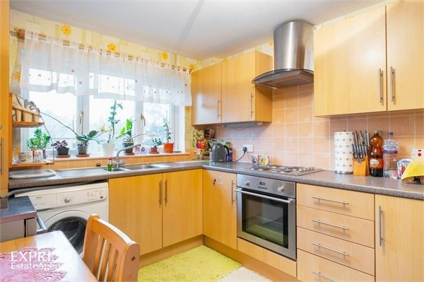 2 Bedroom Flat for sale in Peterhead, Duncan Crescent