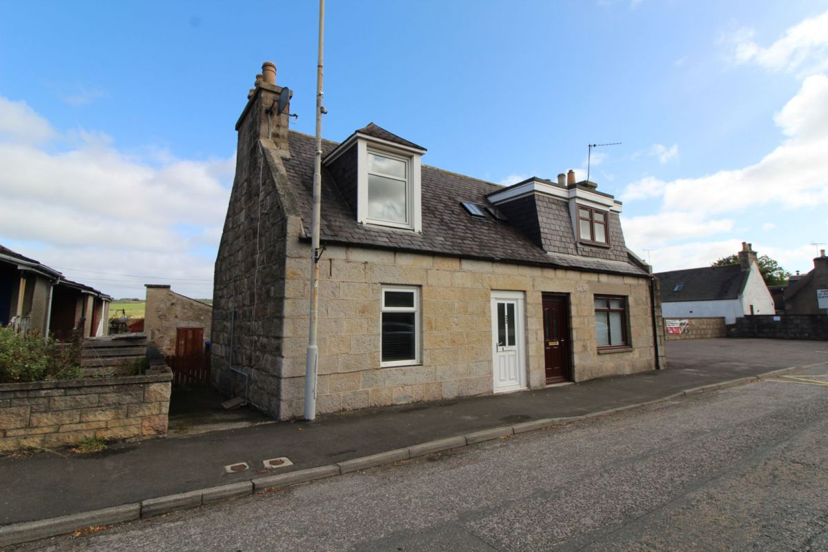 2 Bedroom Semi-Detached for sale in Inverurie, Northern Road