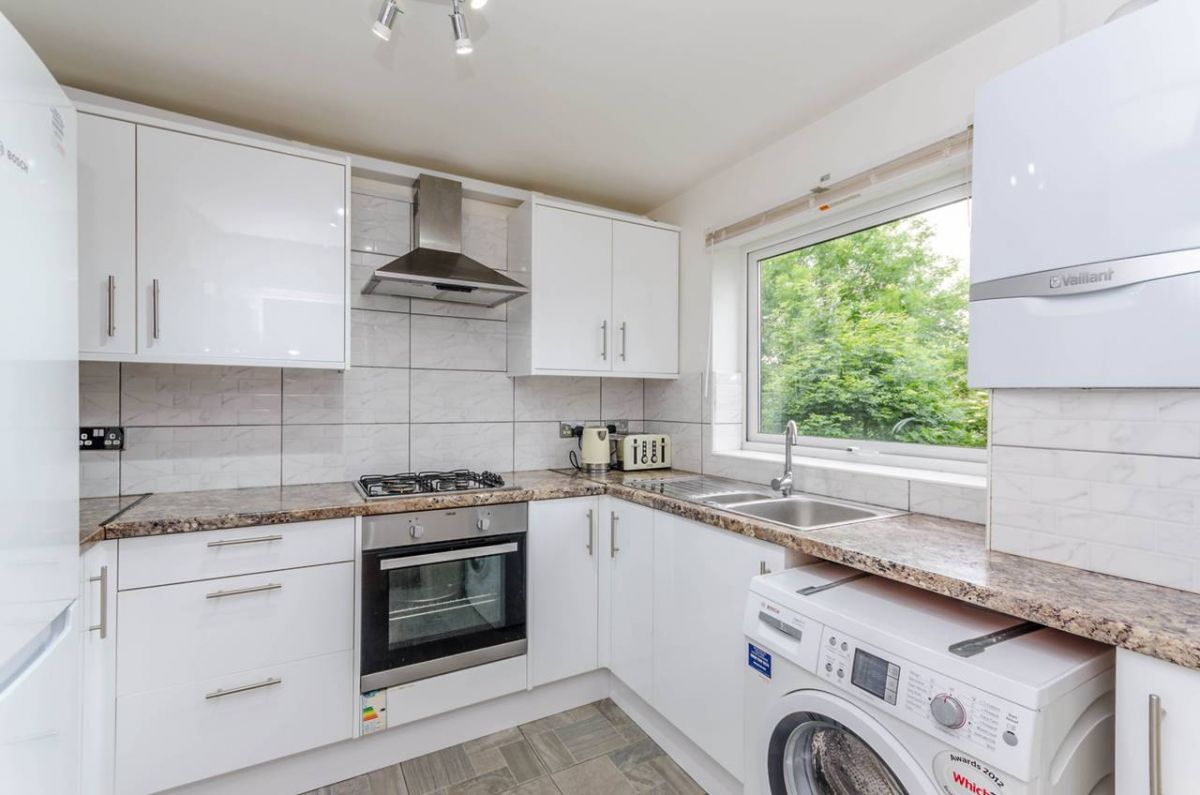 2 Bedroom Flat for sale in Harrow, Middlesex, United Kingdom