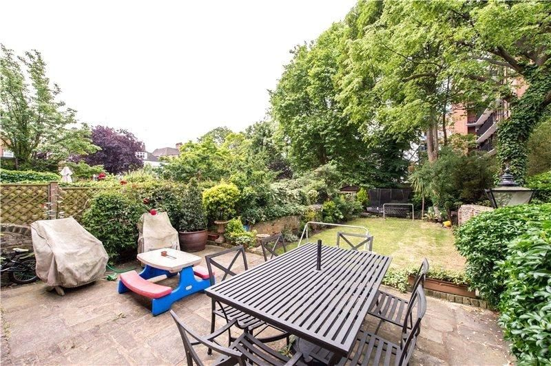 7 Bedroom Terraced to rent in St Johns Wood, Hamilton Terrace