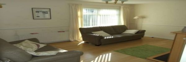 2 Bedroom Bungalow to rent in Craigavon, Armagh, United Kingdom