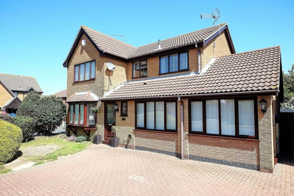 5 Bedroom Detached for sale in Lowestoft, Norfolk, United Kingdom