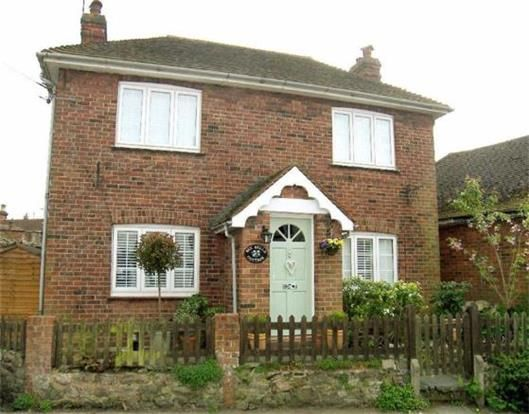 3 Bedroom Detached for sale in Sevenoaks, Kent, United Kingdom