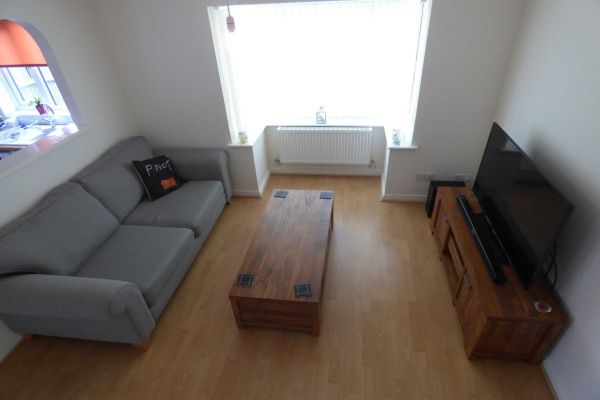 2 Bedroom Cluster House to rent in United Kingdom
