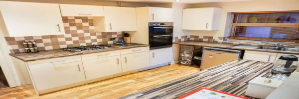 3 Bedroom Semi-Detached for sale in Kettering, Northamptonshire, United Kingdom