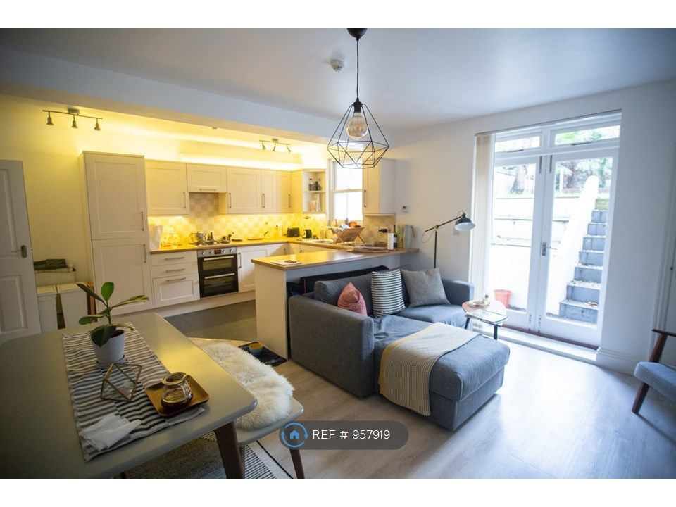 1 Bedroom Flat to rent in Hove, Tisbury Road
