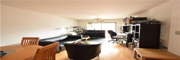 1 Bedroom Flat for sale in United Kingdom