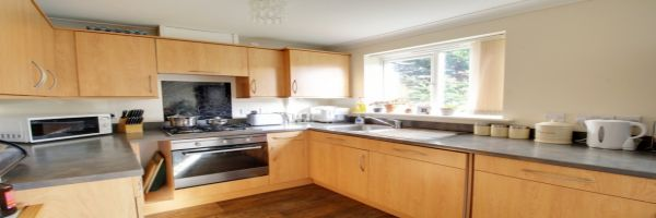3 Bedroom Semi-Detached for sale in Redcar, Cleveland, United Kingdom