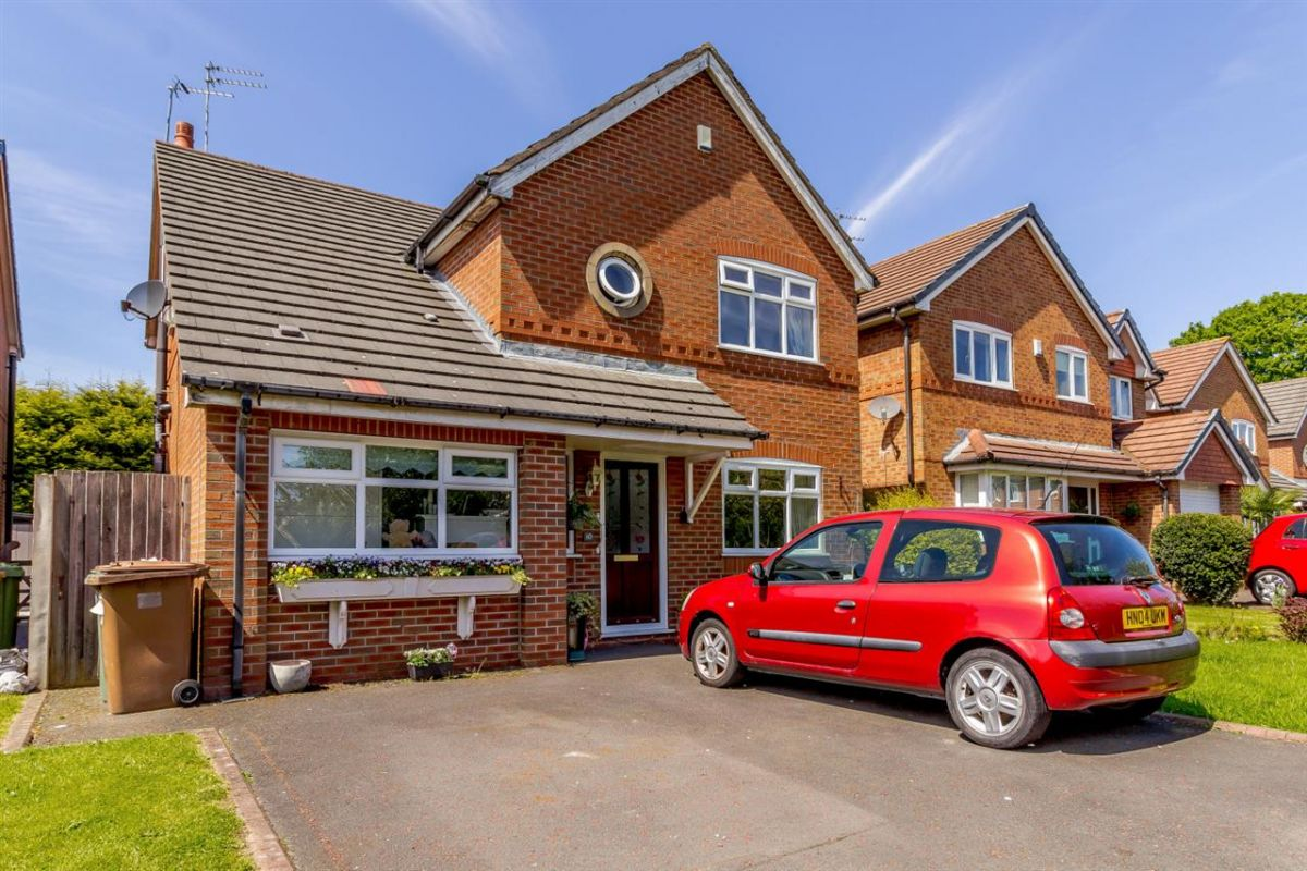 4 Bedroom Detached for sale in Kirkby, Merseyside, United Kingdom