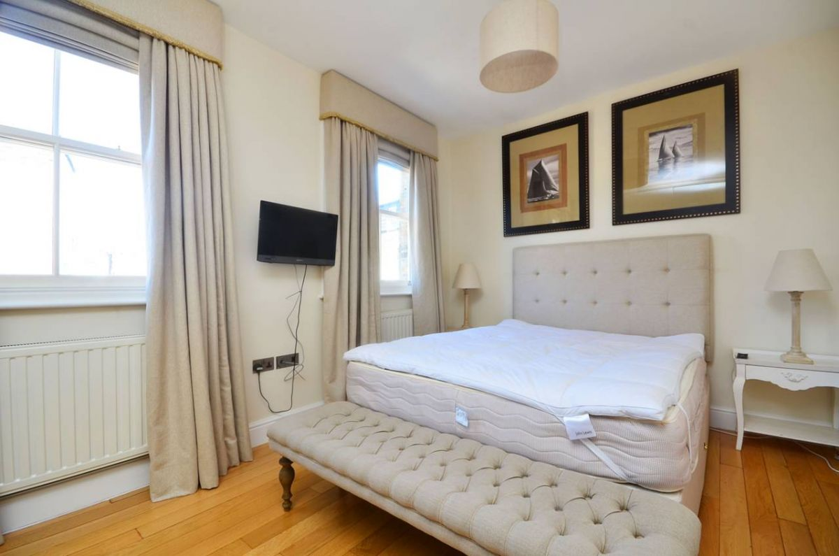 2 Bedroom Flat to rent in Chelsea, Kings Road