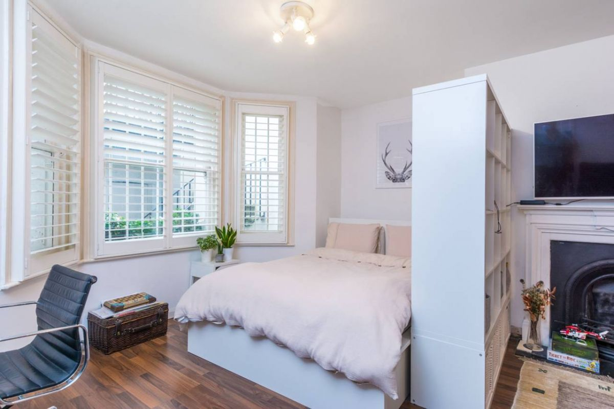 Studio for sale in West Kensington, Sinclair Gardens