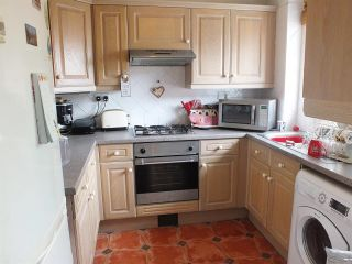 2 Bedroom Flat for sale in Uxbridge, Middlesex, United Kingdom