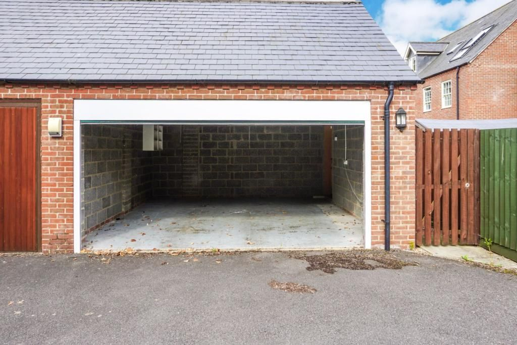 4 Bedroom Town House for sale in Peterborough, King Henry ...