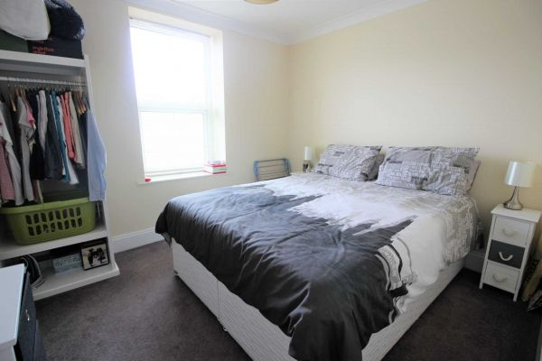 2 Bedroom Flat to rent in Plymouth, Devon, United Kingdom