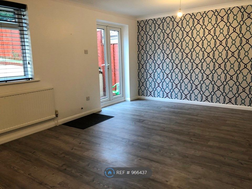 3 Bedroom Terraced to rent in Poole, Dunford Road