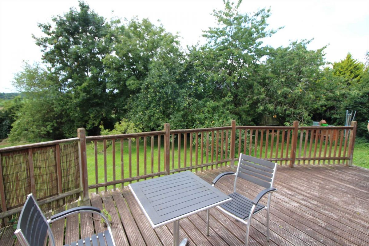 2 Bedroom Apartment for sale in Frome, Mount Pleasant Farm