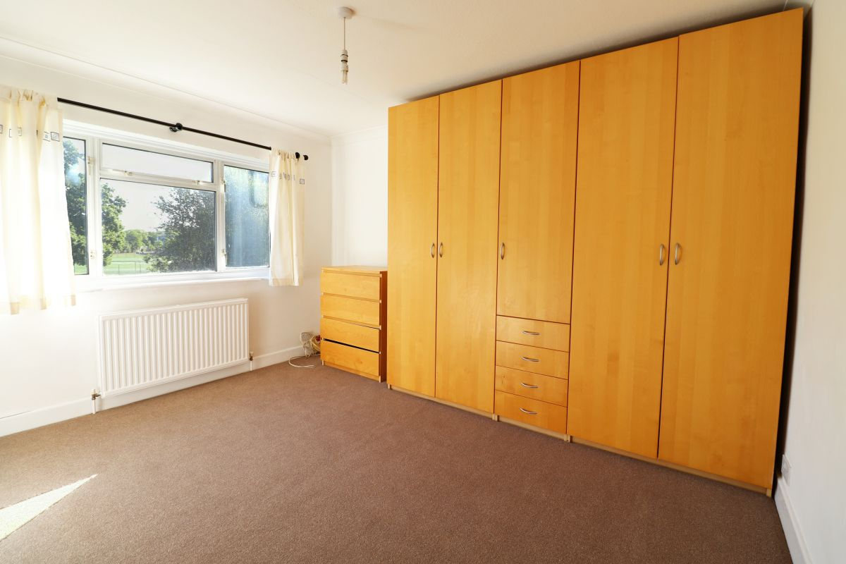 2 Bedroom Maisonette to rent in Harrow, Shaftesbury Avenue