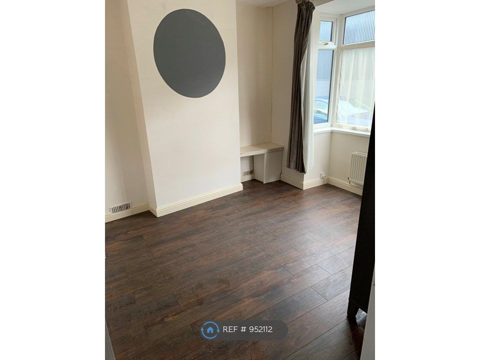 1 Bedroom Flat to rent in Stoke On Trent, Elenora Street