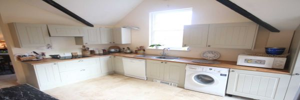 2 Bedroom Semi-Detached to rent in United Kingdom