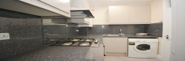 3 Bedroom Flat to rent in Greenford, Middlesex, United Kingdom