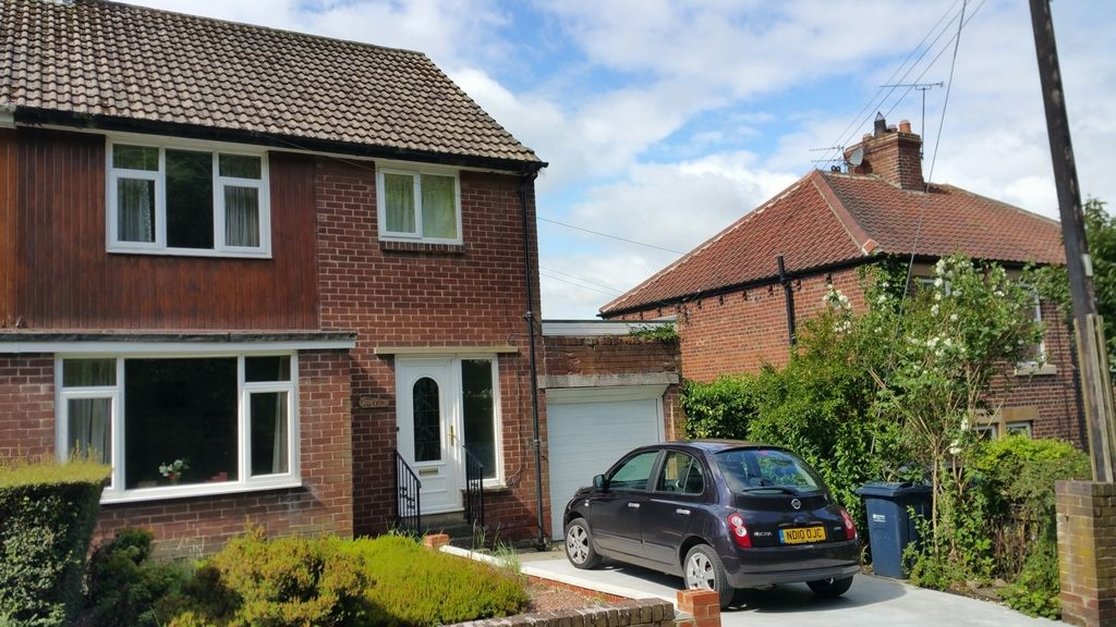 3 Bedroom Semi-Detached to rent in Ryton, Tyne & Wear, United Kingdom