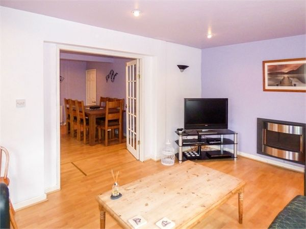 4 Bedroom Semi-Detached for sale in Northwich, Cheshire, United Kingdom