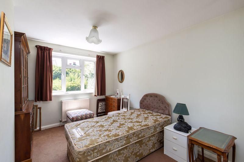 4 Bedroom Detached for sale in Bromley, Widmore Road