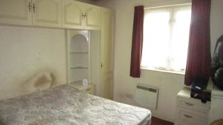 2 Bedroom Semi-Detached for sale in Northolt, Middlesex, United Kingdom
