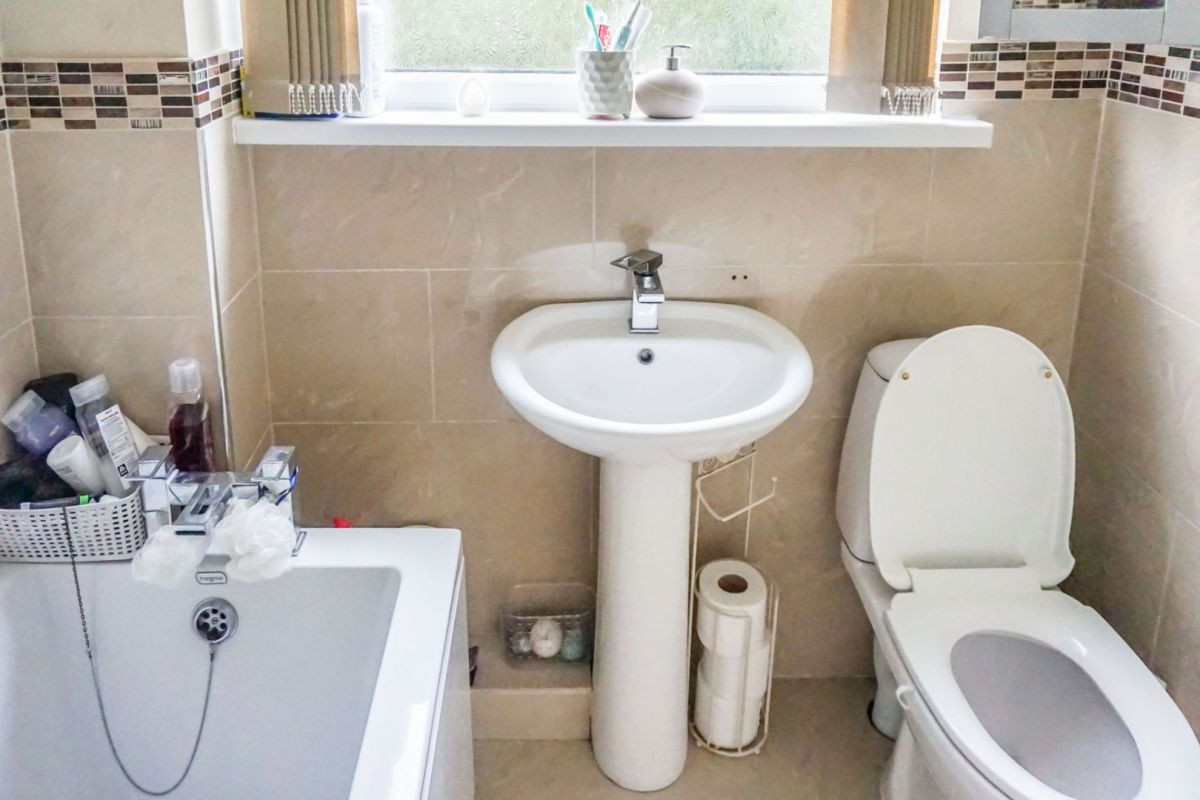 3 Bedroom Semi-Detached for sale in Sheffield, Drover Close