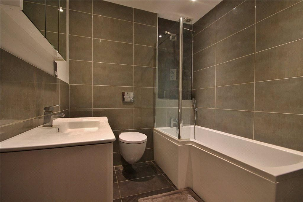 1 Bedroom Apartment to rent in Staines, Abbey Lodge