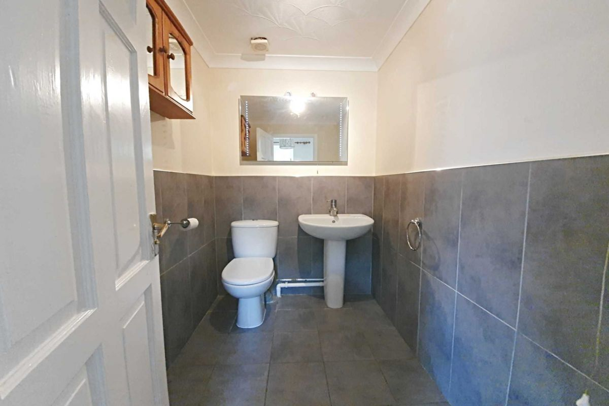 4 Bedroom Link Detached House to rent in Ipswich, Orchard Grove