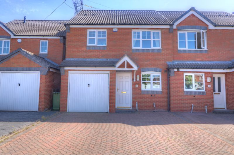 3 Bedroom Semi-Detached for sale in Willenhall, Ampleforth Drive
