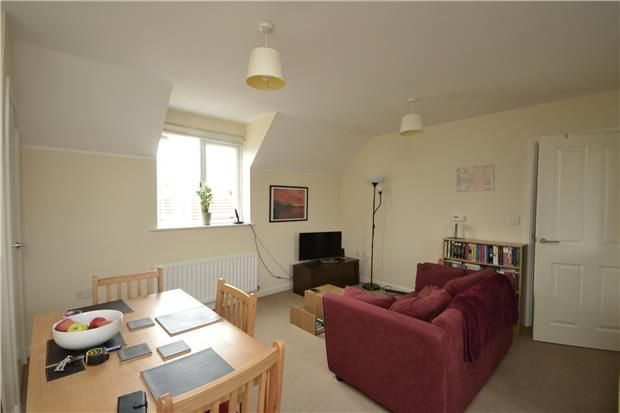 2 Bedroom Detached to rent in United Kingdom