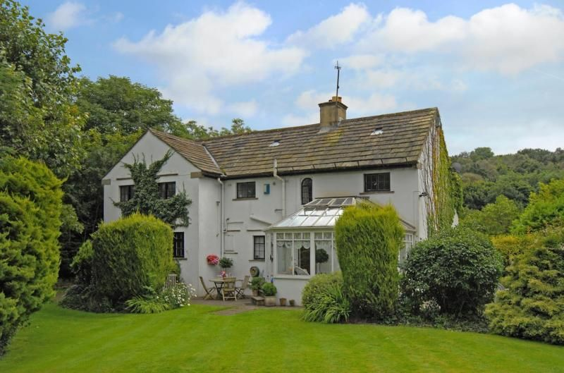 4 Bedroom Detached for sale in Bingley, West Yorkshire, United Kingdom