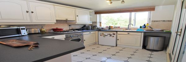3 Bedroom Semi-Detached for sale in Doncaster, South Yorkshire, United Kingdom