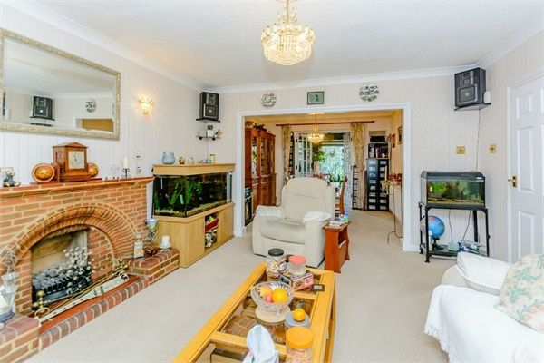 4 Bedroom Detached for sale in Uxbridge, Middlesex, United Kingdom